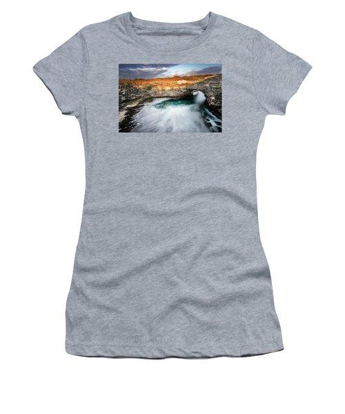 Sunset Point In Broken Beach Women's T-Shirt