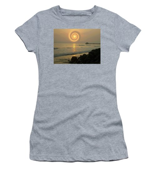 Sunsetswirl Women's T-Shirt