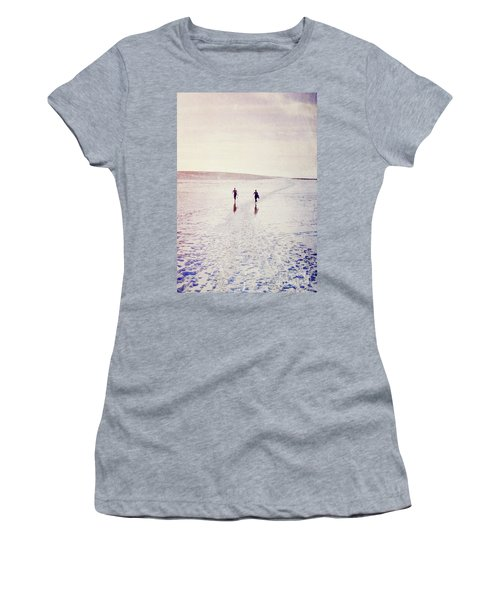 Women's T-Shirt (Junior Cut) featuring the photograph Surfers In The Snow by Lyn Randle