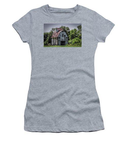 Women's T-Shirt (Junior Cut) featuring the photograph Tall Barn by Ray Congrove