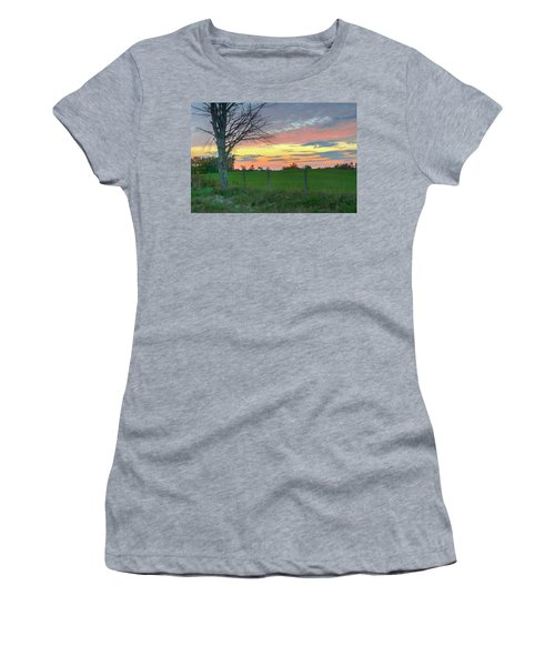 Women's T-Shirt featuring the photograph Tennessee Sunset by David Waldrop