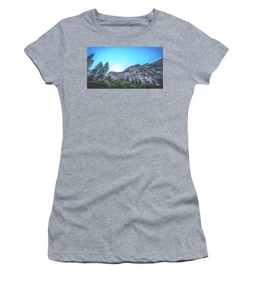 The Awe- Women's T-Shirt