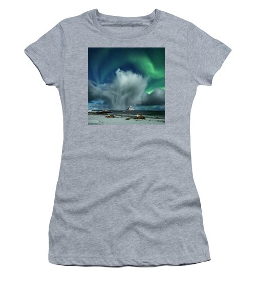 The Cloud II Women's T-Shirt (Athletic Fit)