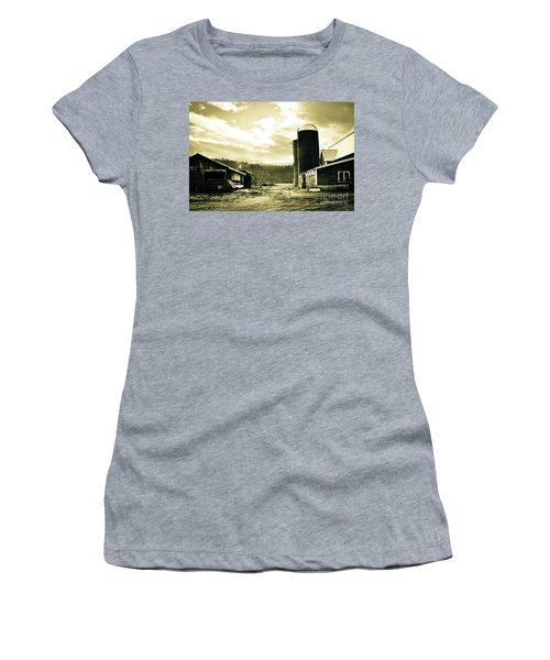 The Old Farm Women's T-Shirt