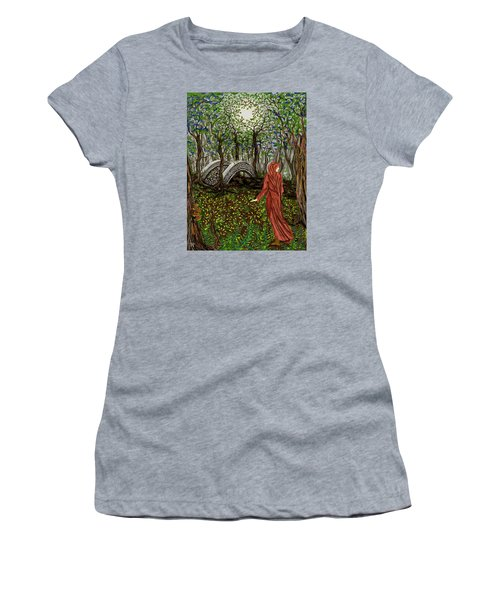 The Priestess Of Ealon Women's T-Shirt