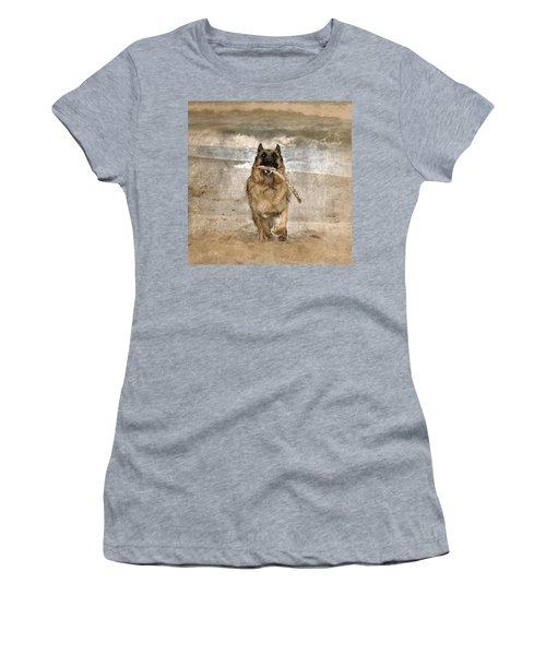 The Retrieve Women's T-Shirt