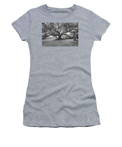 The Tree Of Life Monochrome 2 Women's T-Shirt