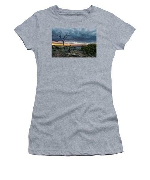 The Unfolding Drama Women's T-Shirt