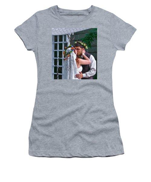The Wedding Kiss Women's T-Shirt