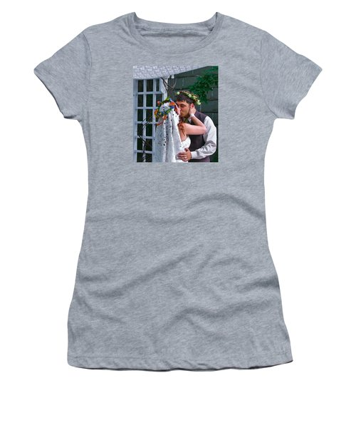 The Wedding Kiss Women's T-Shirt (Athletic Fit)