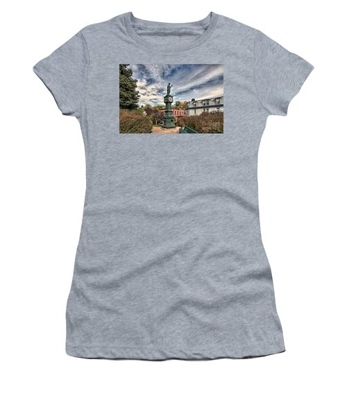 To The Colonel Women's T-Shirt