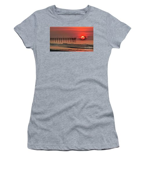 Topsail Moment Women's T-Shirt