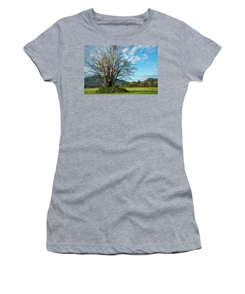 Tree And Sky Women's T-Shirt (Athletic Fit)
