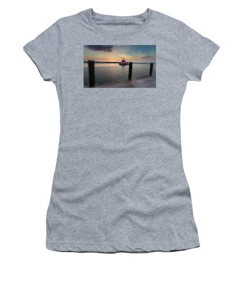 Tug Boat Sunset Women's T-Shirt