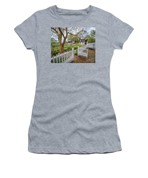 Tulip Garden Colonial Williamsburg  Women's T-Shirt (Athletic Fit)