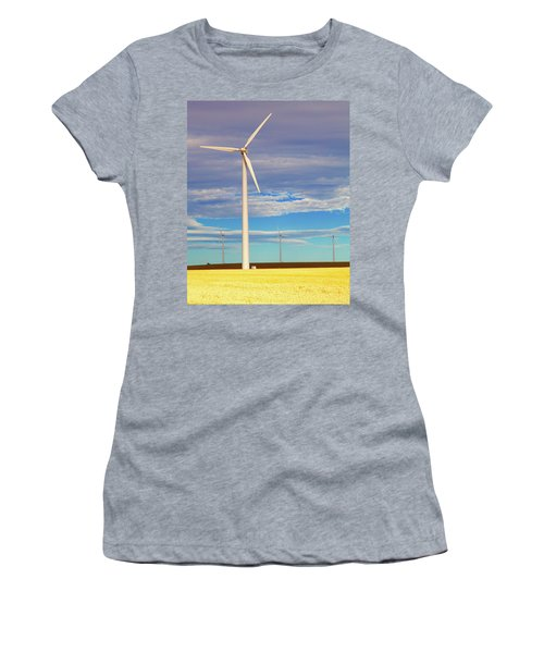 Turbine Formation Women's T-Shirt