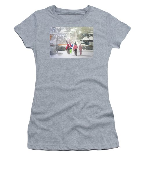 Vail,colorado  Women's T-Shirt (Athletic Fit)