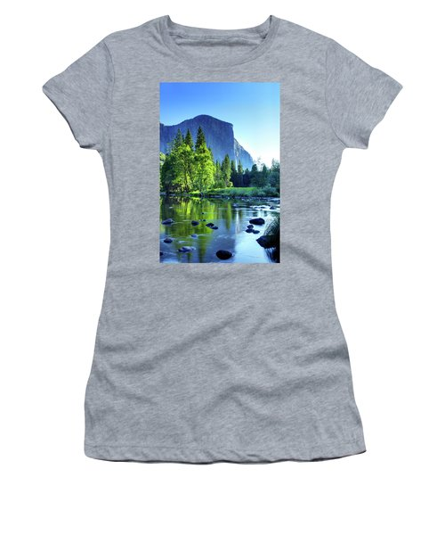 Valley View Morning Women's T-Shirt