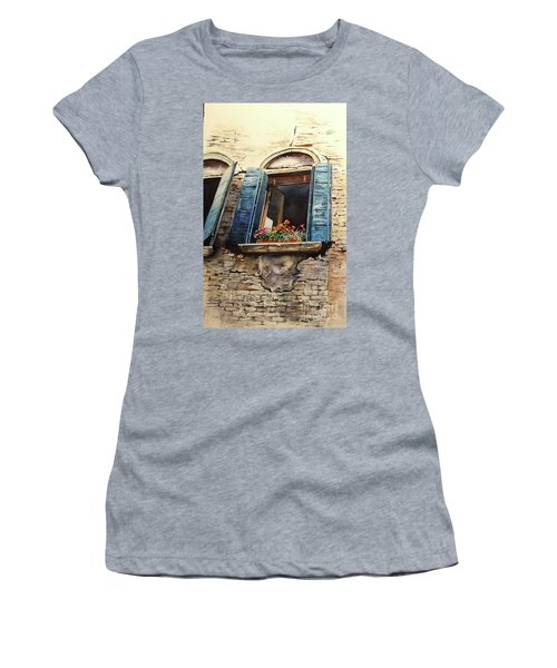Venecia Women's T-Shirt
