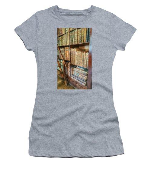 Victorian Library Women's T-Shirt (Junior Cut)