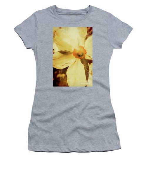 Vintage Daffodil Haze Women's T-Shirt