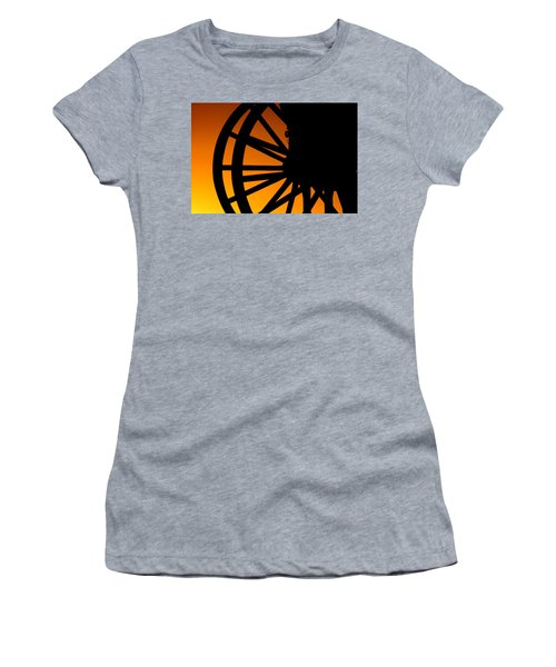 Wagon Wheel Sunset Women's T-Shirt