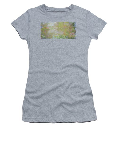 Waterlilies At Giverny Women's T-Shirt
