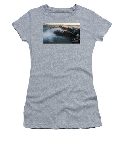 Wave Crashed Rocks 7947 Women's T-Shirt