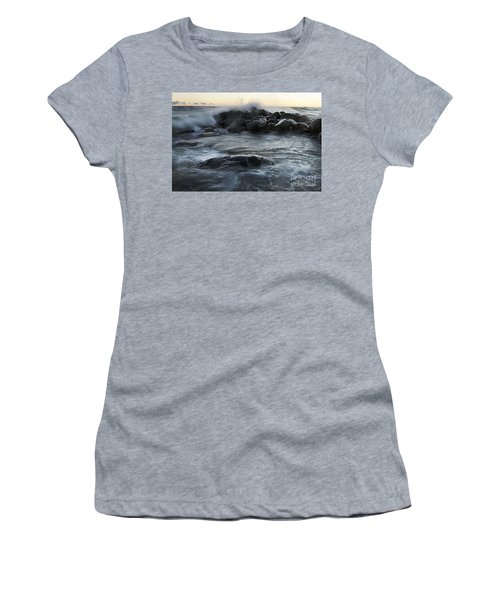 Wave Crashes Rocks 7838 Women's T-Shirt