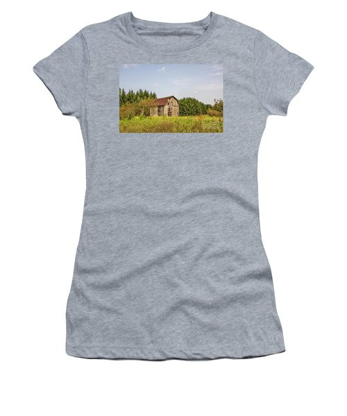 Weathered Barn Basking In The Summer Sun Women's T-Shirt