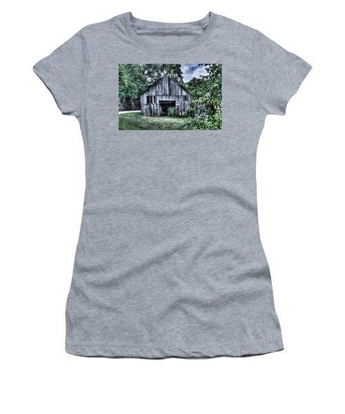 Wells Barn 6 Women's T-Shirt