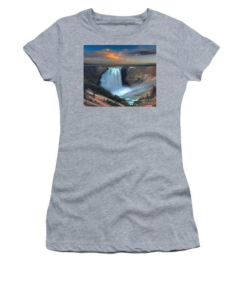 Wet Beauty Women's T-Shirt (Junior Cut) by Rod Jellison