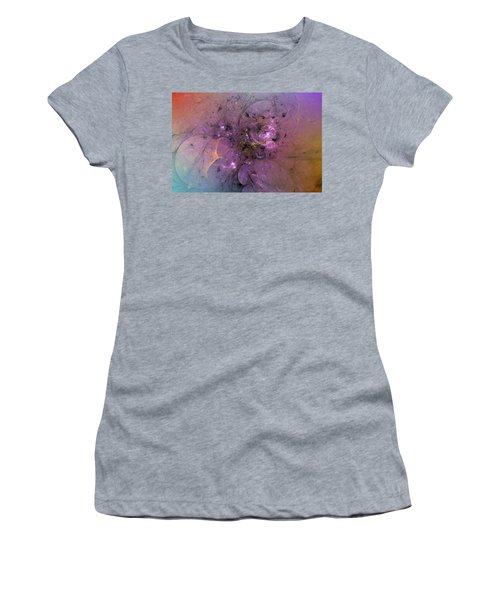 When Love Finds You Women's T-Shirt