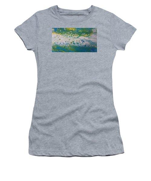 White Flow Women's T-Shirt