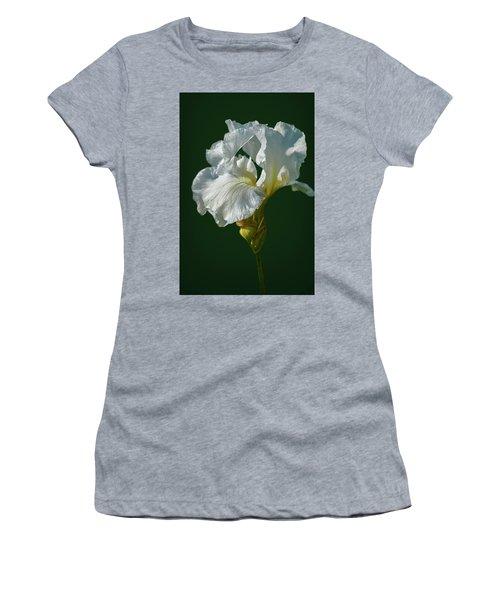 White Iris On Dark Green #g0 Women's T-Shirt