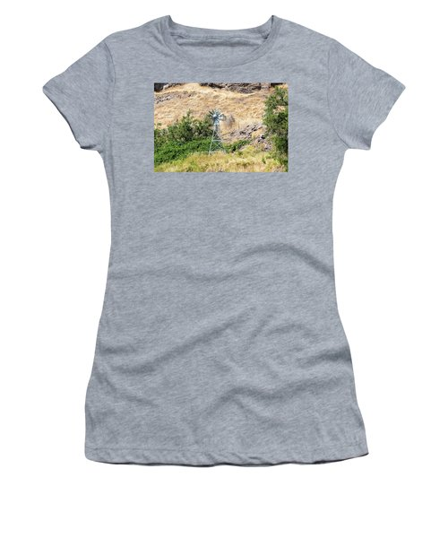 Windmill Aerator For Ponds And Lakes Women's T-Shirt (Athletic Fit)