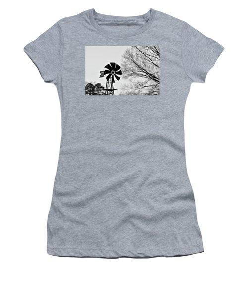 Windmill On The Farm Women's T-Shirt