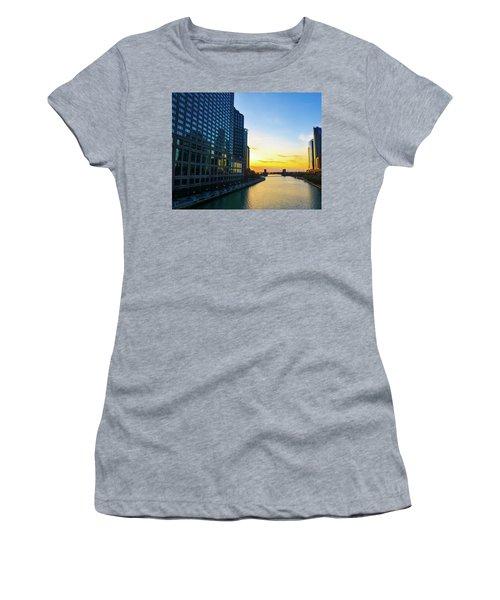 Windy City Sunrise Women's T-Shirt