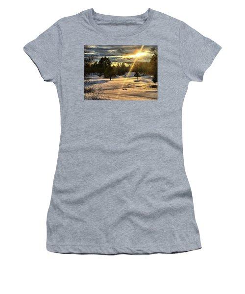 Winter Sunset Rays  Women's T-Shirt
