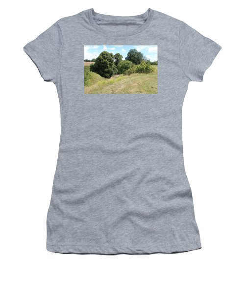 Women's T-Shirt featuring the photograph Y Ravine by JLowPhotos