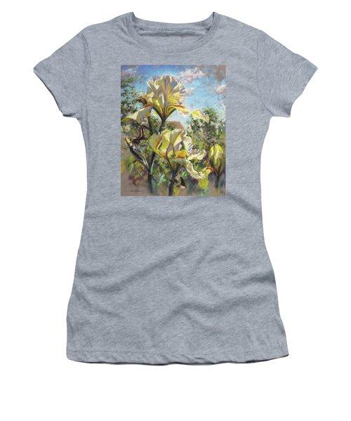 Yellow Iris Women's T-Shirt