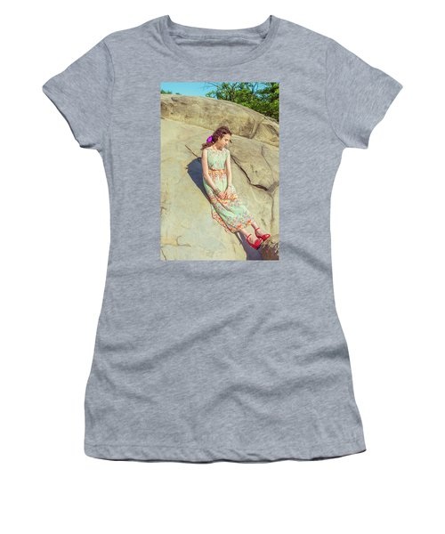 Young American Woman Summer Fashion In New York Women's T-Shirt (Athletic Fit)