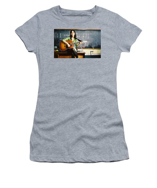 Zooey Deschanel Women's T-Shirt