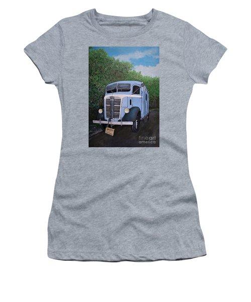 1937  Gmc Coe Women's T-Shirt