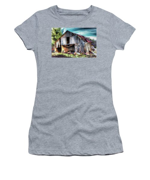 A Classic Vintage Barn In The Blue Ridge Ap Women's T-Shirt (Athletic Fit)