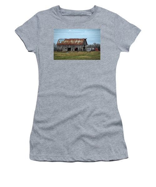 Barn Women's T-Shirt