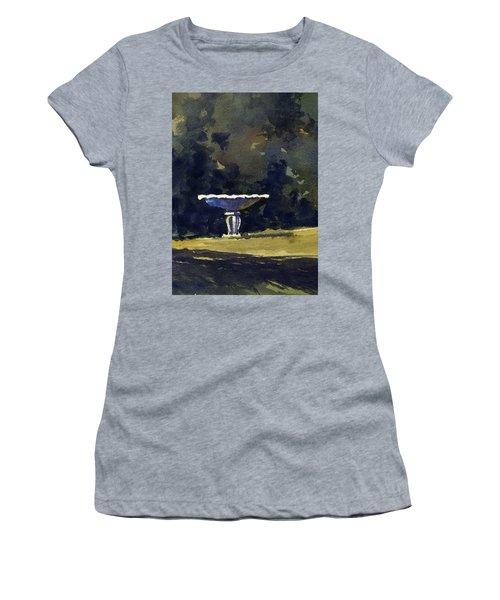 Bird Bath Women's T-Shirt