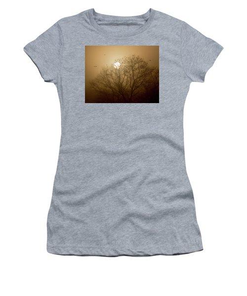 Blackbird Sunrise Women's T-Shirt