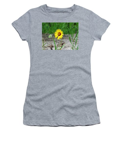 Bloom And Waiting Women's T-Shirt