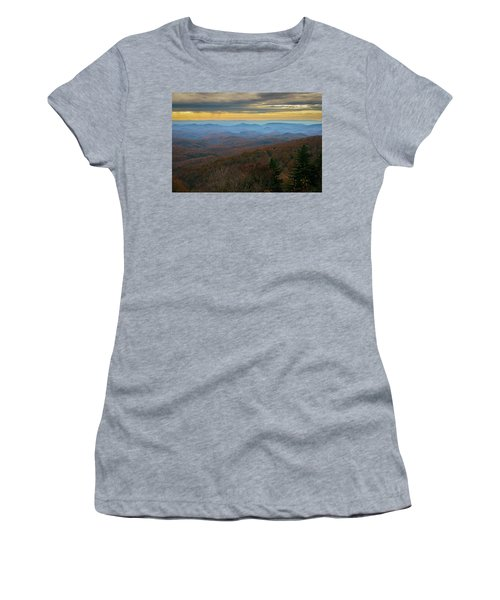 Blue Ridge Parkway - Blue Ridge Mountains - Autumn Women's T-Shirt